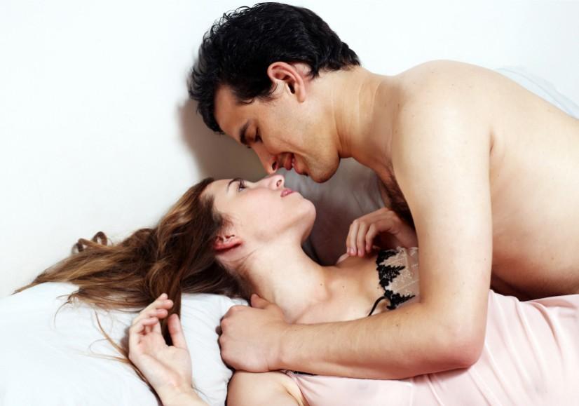 analniy-seks-s-pozhilimi-foto